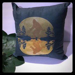 "Sasquatch Accent Pillow 14""x14"""